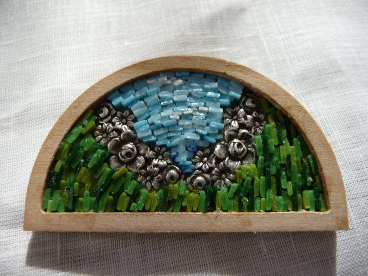spilla su legno con fiori di Frammentidicolore su Etsy