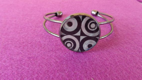 Crazy Circles bangle Circle black brass by ArtisticBreaths on Etsy