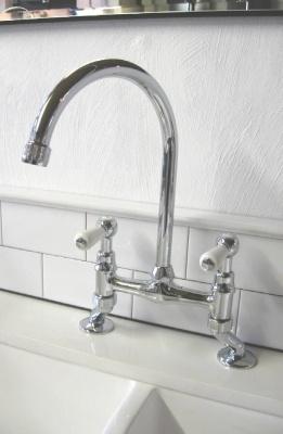 Bridge Sink Mixer with levers
