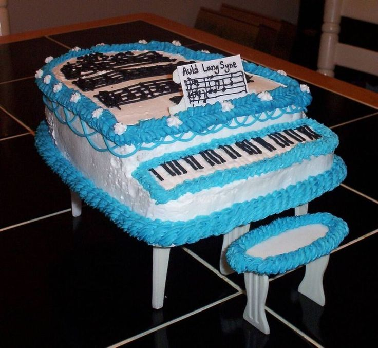 New Years Piano Cake on Cake Central
