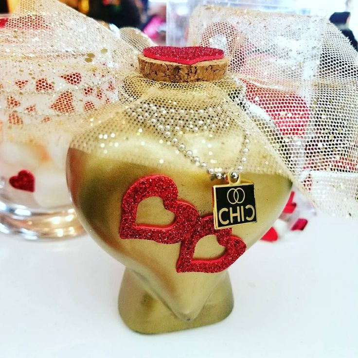Valentine's gift idea. Bath Salt with 24 karat gold mica. Shine with CHIC. Chanel #5 Aroma oil. Glass  Bottle.