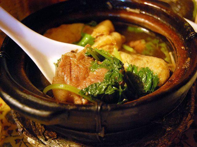 荻窪の地下で16年のマレーシア料理店 ディープな人気ごはんベスト3