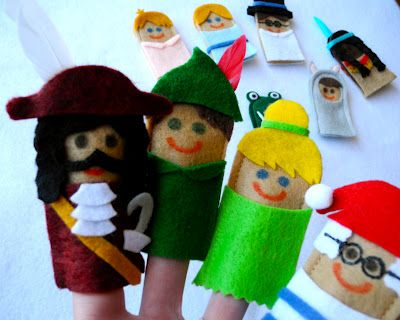 Peter Pan finger puppets. - Love Tinkerbell but the wings should be seen from the front. X