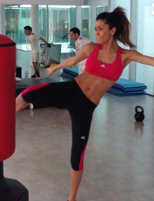 Federica Nargi..bellissima e atletica..amo il completo sportivo adidas..spesso mo ispiro a lei e al suo stile!