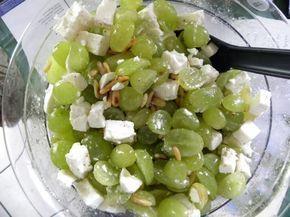 Weintraubensalat (mit Schafskäse)