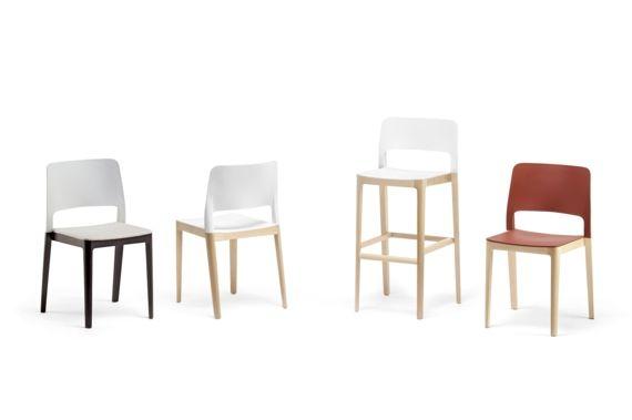 Chaise Restaurant Pieds Bois Assise Plastique Settesusette Sledge Infiniti Design Restaurant Bois Mobilier Design