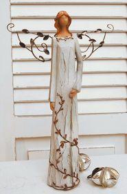 Dekorativní anděl s kovovými křídly 2