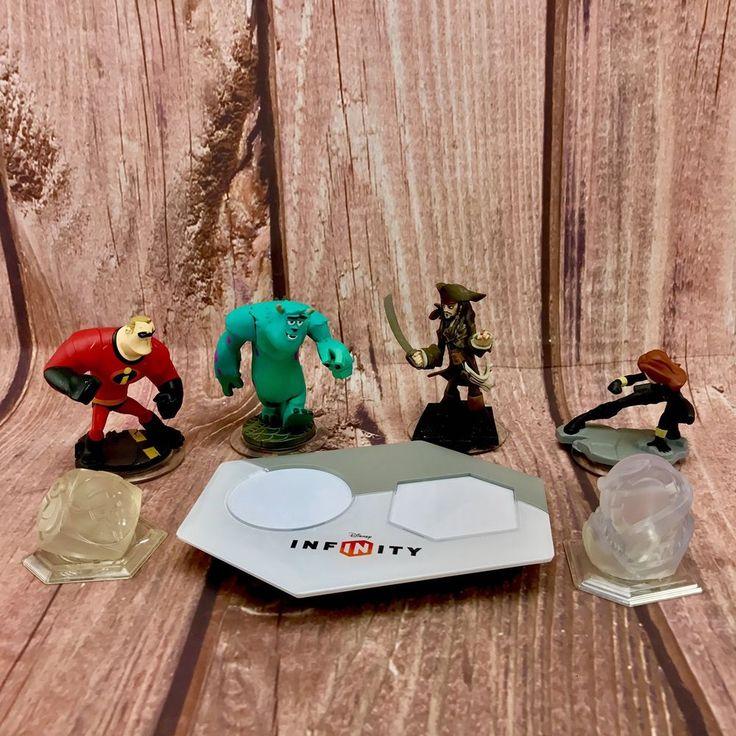 Disney Infinity base power portal plus 4 figures characters 2 crystals + discs