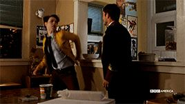 """Dirk Gently's Holistic Detective Agency """"Horizons"""" (1x01)  - Dirk and Todd first meeting #fight"""