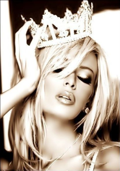 Always wear your crown...  well in my case your tiara! ^_^