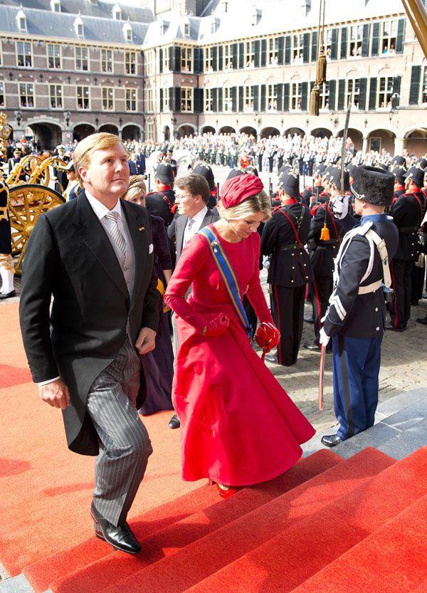 Los Reyes de Holanda presiden el solemne 'Día del Príncipe'  El rey Guillermo Alejandro y la reina Máxima se dirigen a la Sala de la Caballería, lugar en el que el soberano ha leído el Discurso del Trono