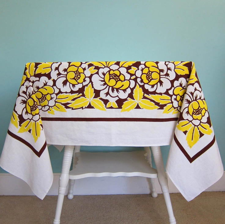 Retro Kitchen Linens: 1000+ Images About Vintage Tablecloths On Pinterest