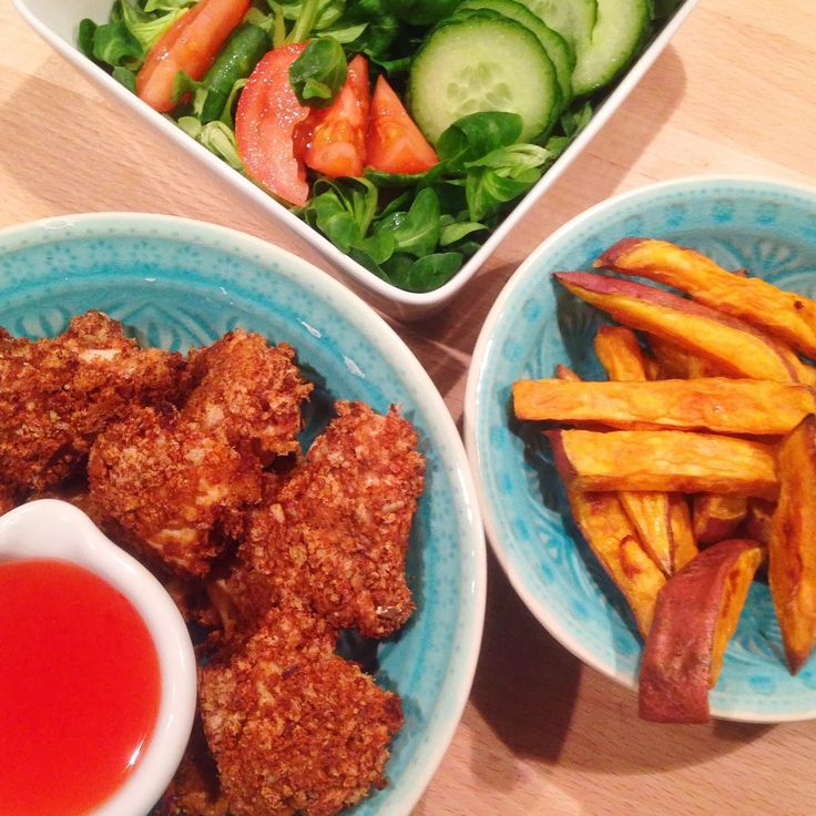 Healthy Living in Heels: Healthy Chicken Nuggets with Sweet Potato Fries. sooo sooo sooo goood!!!