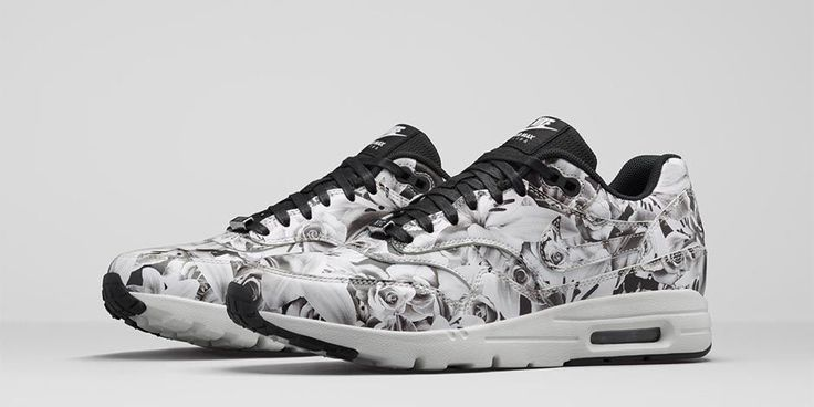 NIKE - Air Max 1 Ultra City Collection