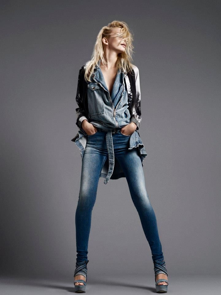 Get the effortless stylish look with the Diesel jeans! Buy the look at brandsfever.com! Only a day to go!!