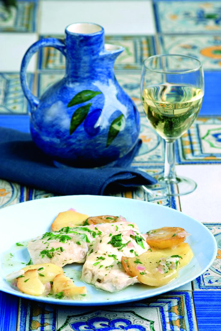 Παραδοσιακή απλή και νόστιμη συνταγή το μπιάνκο, δηλαδη λευκό, είναι από τα αγαπημένα πιάτα που στην Κέρκυρα τιμούν στο καθημερινό τραπέζι καθώς και σε γιορτές που προβλέπουν ψαροφαγία