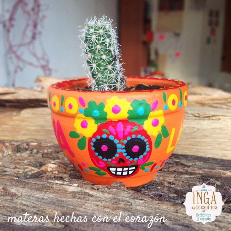 Materas Pintadas a mano personalizadas · pedidos: ingaaccesorios@gmail.com llevan escritas palabras amorosas y con la intención de la prosperidad para que las plantas sembradas, crezcan bellas y con todo el Amor! Hechas con todo el corazón. #artstyle #shoppingonline #artist #materas #macetas #love #potterybarn #art #handmade #plants #plantas #bespoke #design #costume #claypot #artisanal #ceramicas #personalized #artcrafty #catrinas