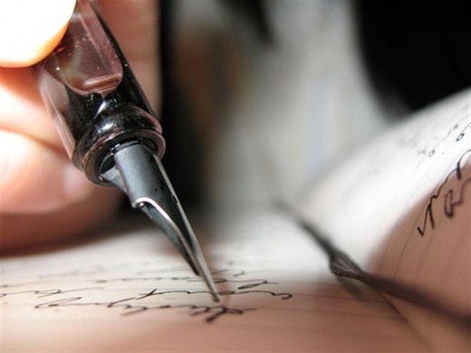 """""""Eu gosto de escrever, eu gosto de escrever, crer ver  Ver, crer, eu gosto de escrever e escrevo até até poema"""" - Gabriel o Pensador (Linhas Tortas)"""