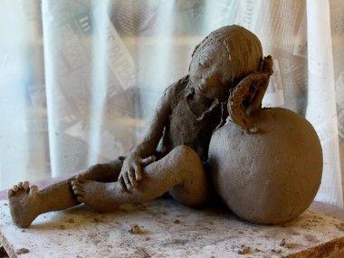 Jurga sculpture / terre chamottée