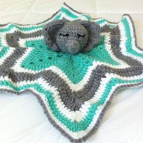 Chevron Elephant Lovey - Free Pattern   Crochet Lovey   Crochet