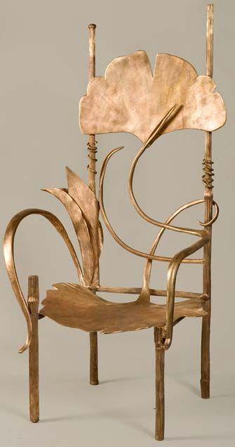 Art Nouveau Contemporain - Collection Ginkgo - 'Trône de Pauline' - Bronze Doré…