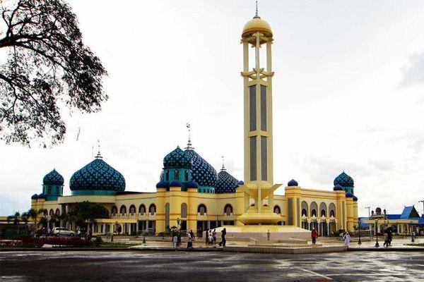 Al Karomah Grand Mosque of Martapura, Indonesia.