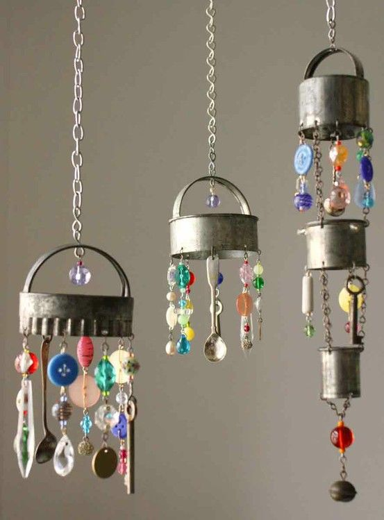 love this ideaKitchens Windows, Ideas, Cottages Gardens, Wind Chims, Windchimes, Wind Chimes, Cookies Cutters, Cookie Cutters, Crafts