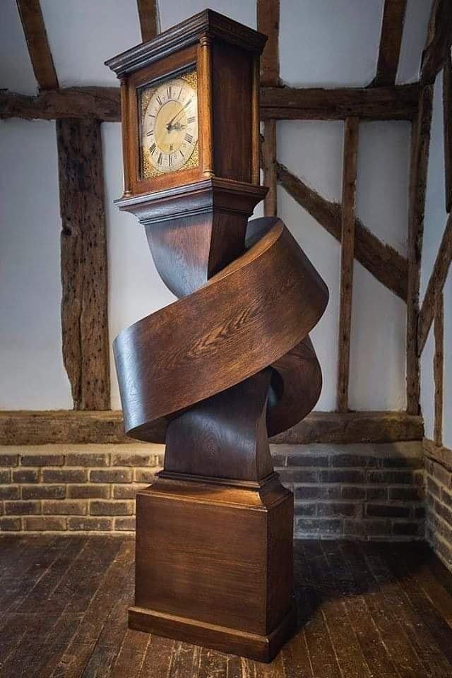 Pin De Pascal Chanel En Architecture Design Interieur En 2020 Muebles De Madera Hechos A Mano Reloj De Pie Muebles De Carton