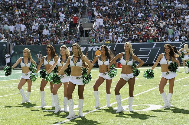 New York Jets Cheerleader Sues For Unpaid Wages