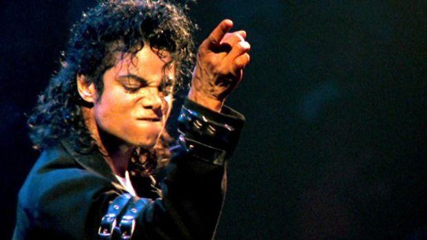 Michael Jackson est l'inventeur de chaussures antigravité