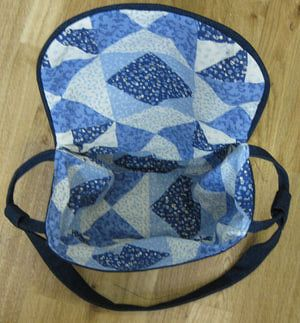 Free Sewing Pattern for a Saddlebag Style Pocketbook: Top Stitch the Edge