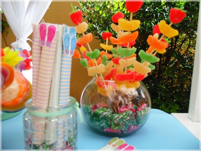 Fiesta hawaiana birthday party ideas 10 birthdays and of - Manualidades para adultos ...