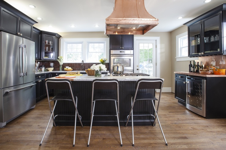 Photos Of White Kitchens With Black Islands