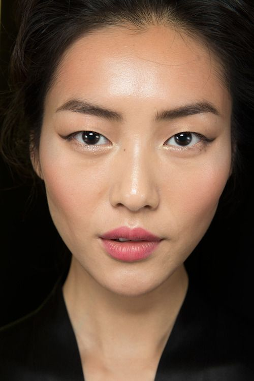 Dolce & Gabbana Spring - Summer 2014 Backstage. Model: Liu Wen.