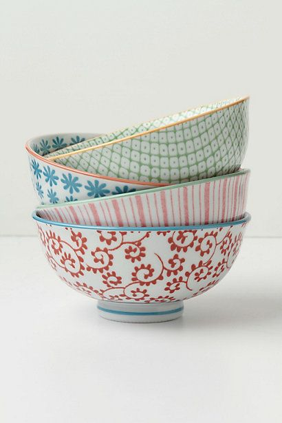 Mix and match printed bowls @Christine Struckmeyer Guess what I found on pinterest ;)