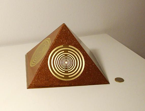 Orgone orgonite® Pyramid All Powerful, blue Orgonite® Generator, 5 gold plated (24K) MWO by Lakhovsky, Golden Ratio Antenna, Quintuple power