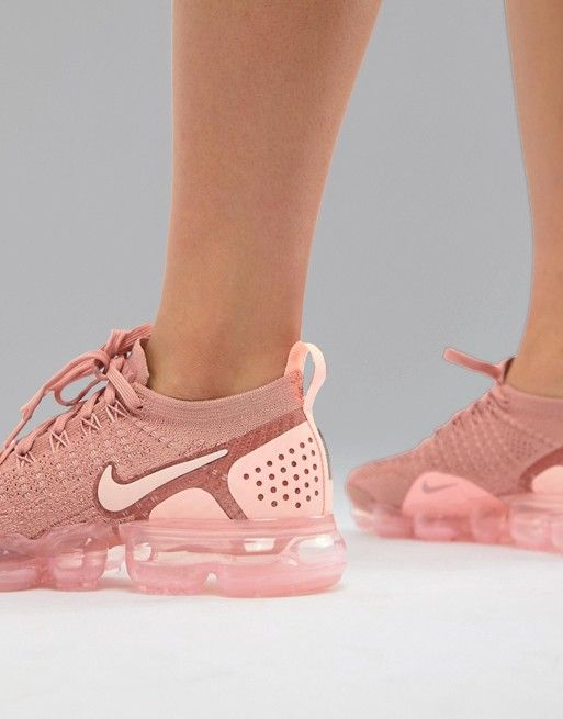 huge discount 660d0 a4a53 Nike Running Vapormax Flyknit Trainers In Pink | Fashion ...
