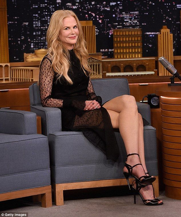 The actress, 49, was left red-faced after returning to The Tonight Show with Jimmy Fallon on Wednesday night after she revealed the host inadvertently passed up the chance to date her.