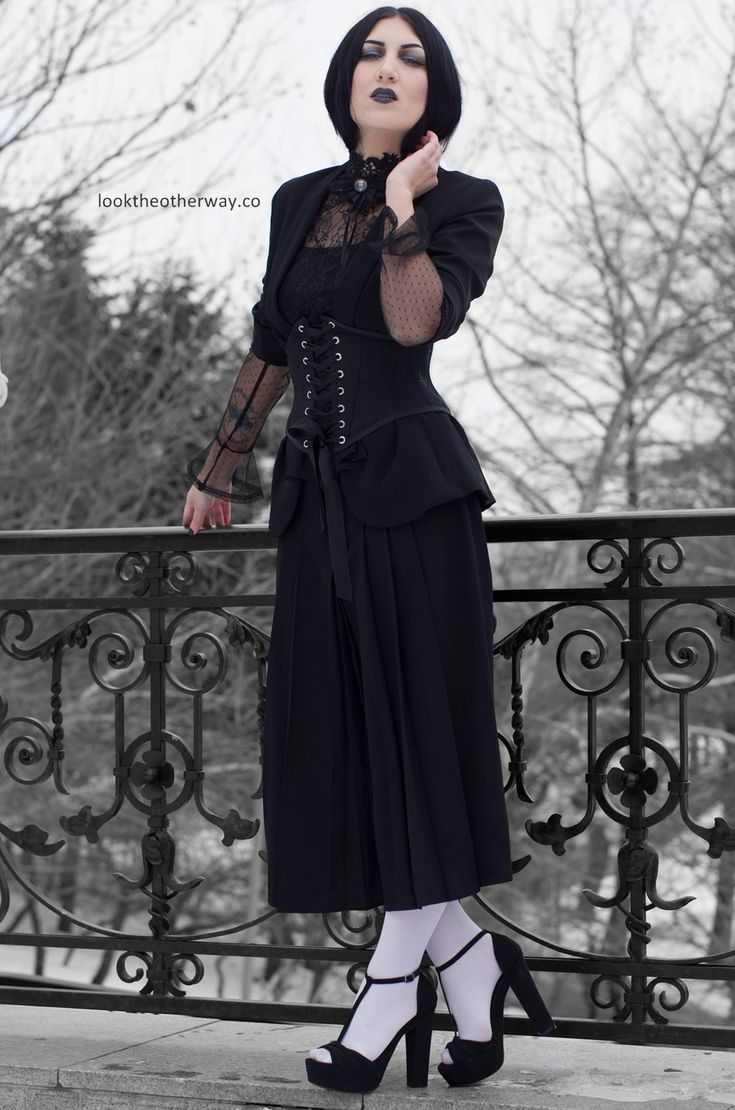 A Dream Within A Dream - Style Suggestions - Looktheotherway.co  #gothic #gothgirl #gothgoth #gothicbeauty #gothiclolita #gothique