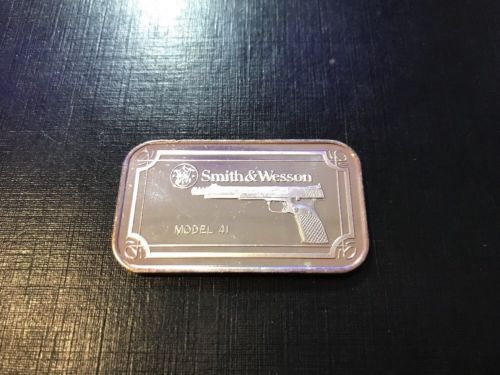 Smith and Wesson Model 41 1oz Silver Bar Smith & Wesson Model 41 Silver Bar