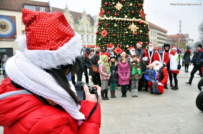 23 grudnia o 17.00 - Parada Świąteczna ze Świętym Mikołajem  http://www.eswinoujscie.pl/parada-swiateczna-ze-swietym-mikolajem/
