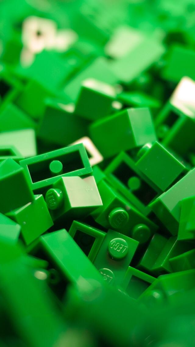 Green Lego iPhone 5 Wallpaper