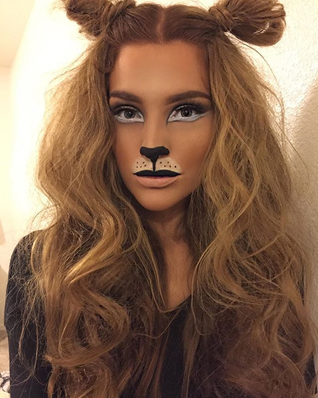 "@theamazingworldofj #MotivesCosmetics #WickedMavens #lumiereDeVie be ""lion"" if I said I had to try to get my hair like this, I finally found a costume fitting for my untamed, unruly, frizz hair #halloween #makeupbystormee #lion #lionmakeup"