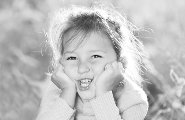 Gauteng Photographer | AnlaCreative Photography | toddler pose