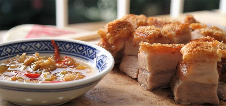 babi pangang spek buikspek http://www.ikook.nu/recepten/krokant-buikspek-op-chinese-wijze-babi-pangang-spek/