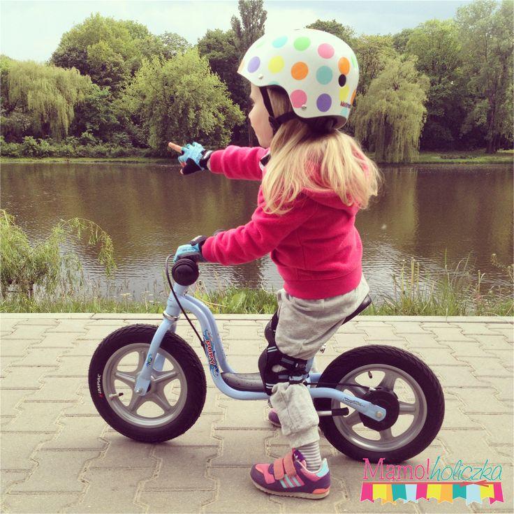 """Rowerek biegowy Puky LR 1L posiada regulację siodełka od 35 do 45 cm, regulowaną na wysokość kierownicę bez blokady skrętu, pompowane opony 12x2,00"""" i praktyczną nóżkę. Model Puky LR 1L Br posiada dodatkowo hamulec tylnego koła. kg.http://www.aktywnysmyk.pl/51-rowerki-biegowe-puky-lr-1l"""