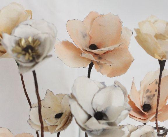 Papierové kvety, ktoré vyzerajú ako živé? So správnym DIY návodom, trochou šikovnosti a chuťou tvoriť je všetko možné.