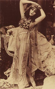 "Theda Bara dans ""Salomé"" 1918"