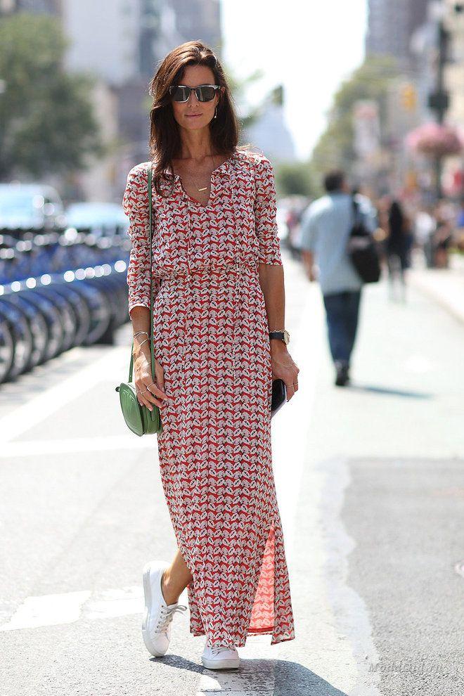 Платье с кроссовками в 2016-2017: фото, как носить | Платья макси, Летние платья макси, Стильные наряды