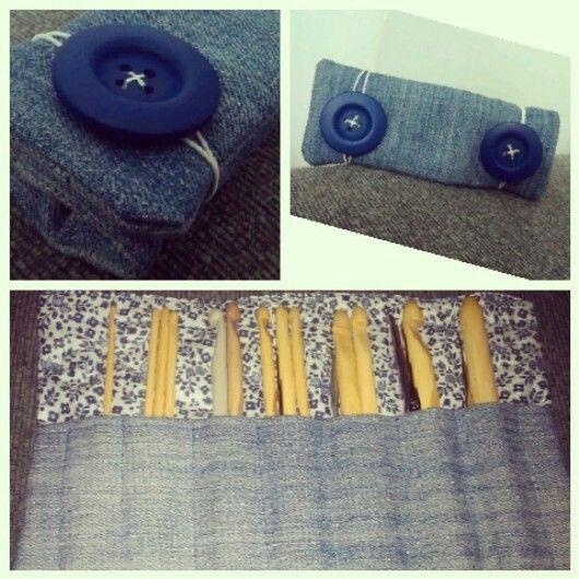 Nueva carterita para guardar los ganchillos! Reciclando vaqueros! xD #diy #bag #madebyme #fashion #crochet